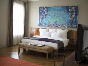 tomtom-suites